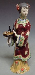 Chinese Oriental Lady Porcelain / Ceramic Figurine Tea Serving